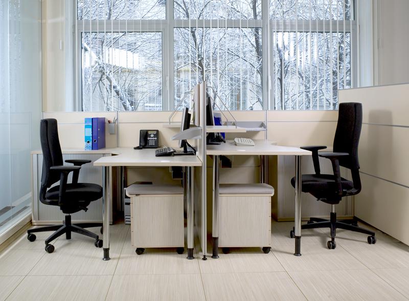 Офисные столы Periscope с функцией настройки на рост