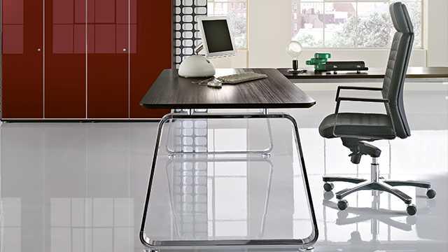 kabinet-rukovoditelya-70s-stol-foto-07-x.jpg